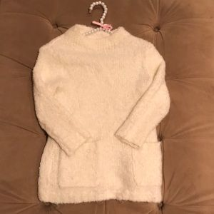 This is a Jcrew kids sweater, size 10!!